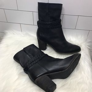 Frye Naomi picstitch black leather mid boot